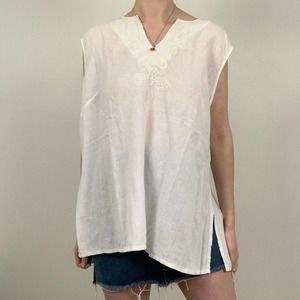 Valerie Bertinelli White Linen Tunic